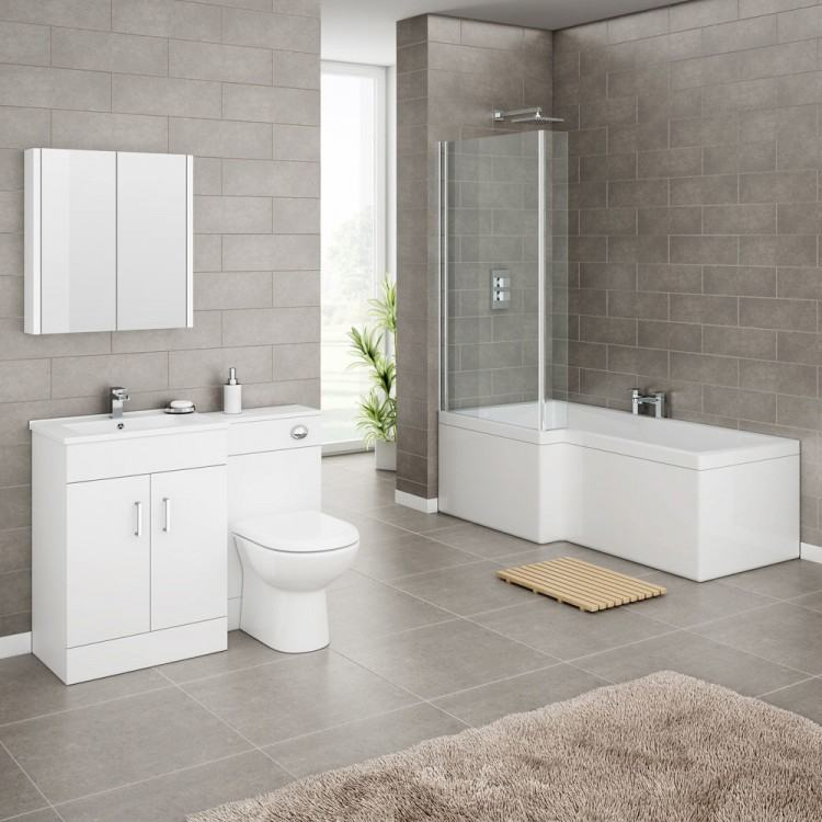 in bathrooms, so it's hats off to the team at Wall&Decò who have  devised a waterproof system of primers and protective finishes for the  brand's divinely